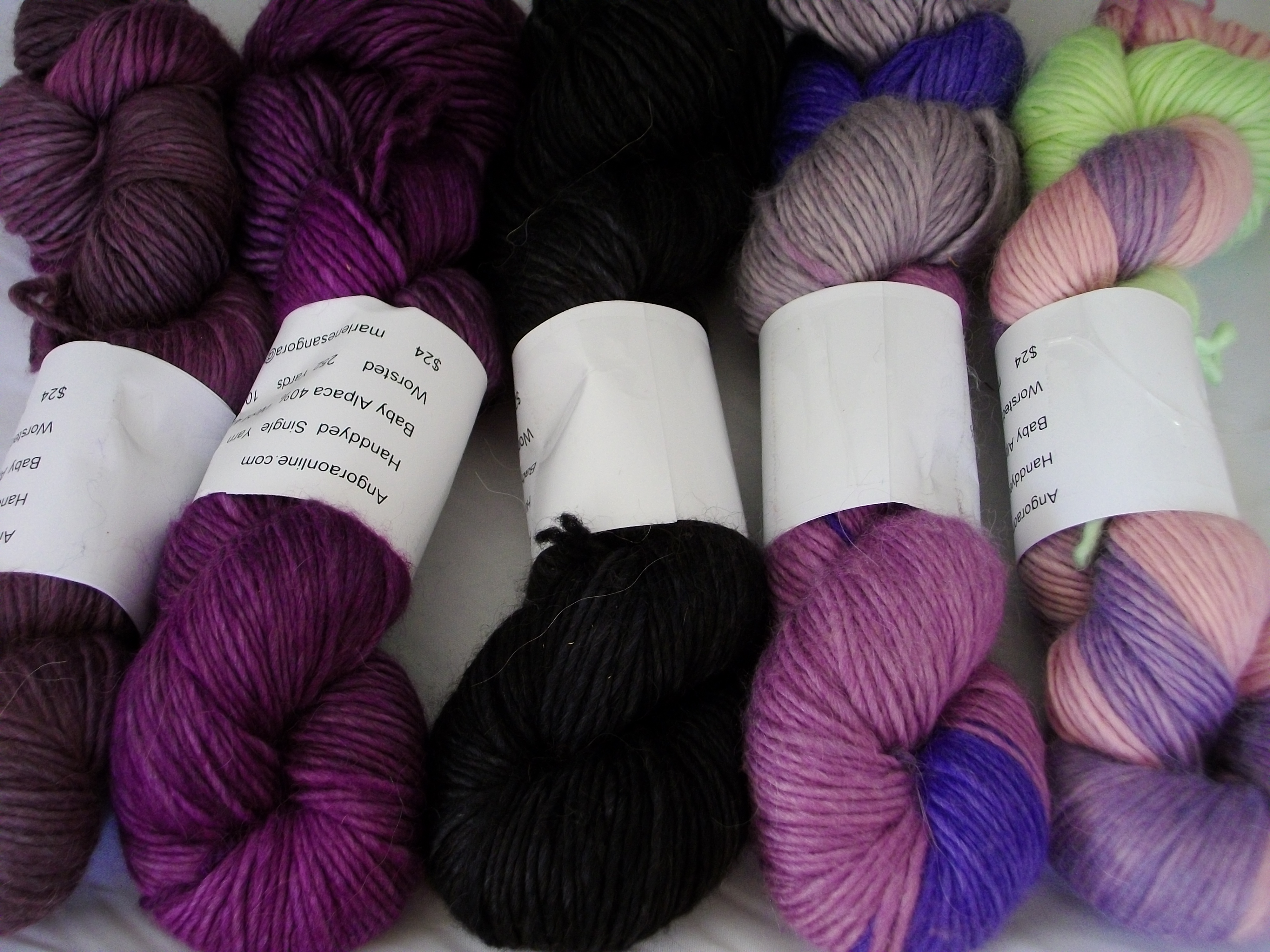 Hand Dyed Alpaca Wool Silk Yarn Worsted 252 Yd