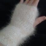 100% angora fingerless mittens from www.angoraonline.com